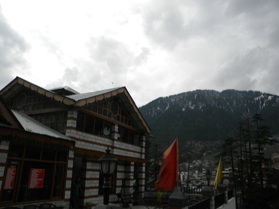 Whispering Valley Resorts: View from Terrace with Hotel