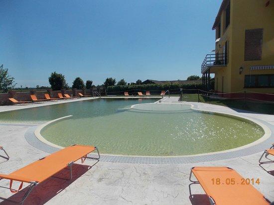Cascina Corte Grande: piscina