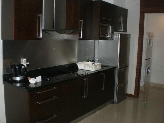 Column Bangkok: 3806 Kitchen