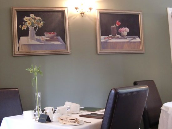 Cedar Manor Hotel and Restaurant: 雰囲気の良いレストラン