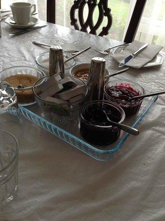 Azure Bed & Breakfast: Breakfast - Jam