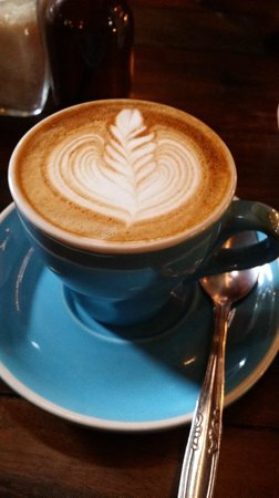 Revolver Espresso: Great Flat White