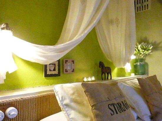 Boutique Hotel & Spa Les Vinyes: Habitación Doble El Riu