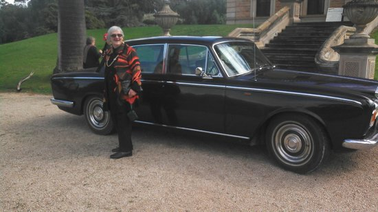 Daisy's Vintage & Classic Car Tours: 80th high tea at Martindale Hall
