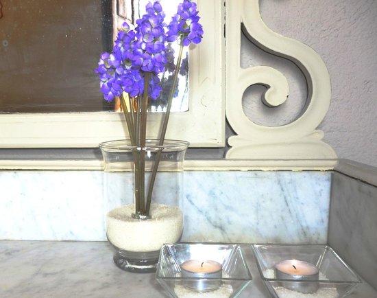 Boutique Hotel & Spa Les Vinyes: Detalle suite La Vinya