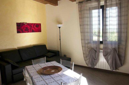 la zona giorno e cucina - Picture of Bed and Breakfast La ...
