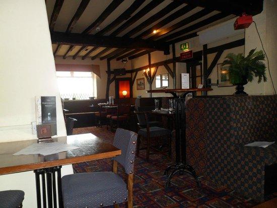 The Highwayman Inn: Inside