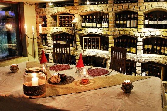 Kambaku River Sands : Wine Cellar