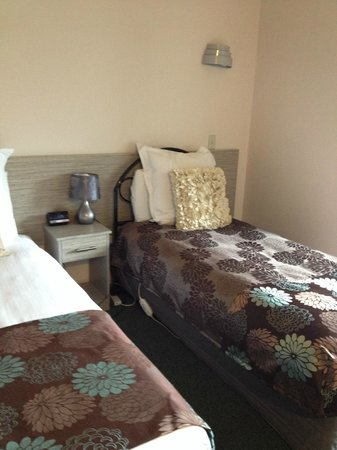 Arista of Rotorua: Spare single bed