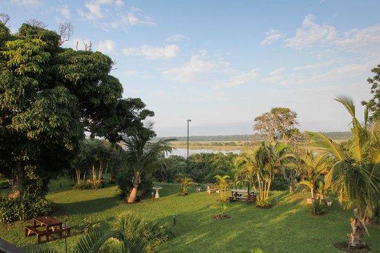 Elephant Lake Hotel: Hotel view