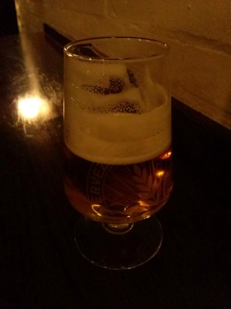 The Coal Hole: A cold San Miguel