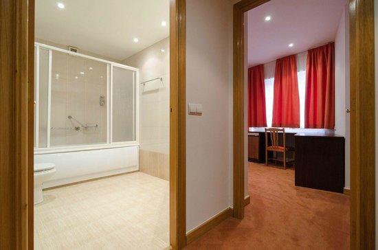 Nest Style Santiago: Baño en habitación