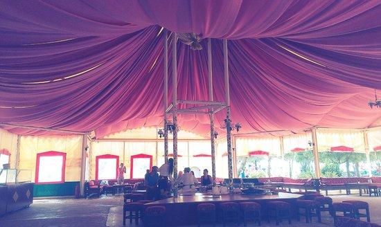 WOW Kremlin Palace: Царская палатка, отличные лепешки