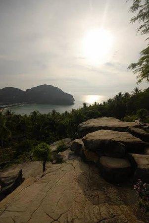 Rantee Cliff Beach Resort: Phi Phi view
