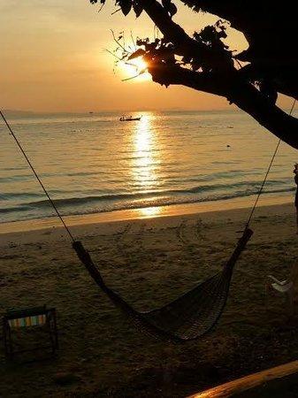 Rantee Cliff Beach Resort: Sunrise