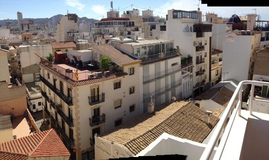 Hotel Rocamar: Great from roof terrace but sadly only open 10-2 and jacuzzi closed