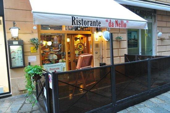 Ristorante da Nello : L'ingresso in via Montegrappa,2