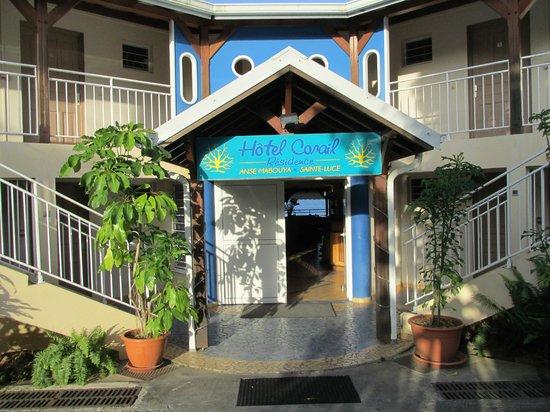 Hôtel Corail Residence: entrée