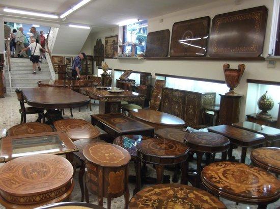 Gargiulo & Jannuzzi : Inlaid tables and trolleys