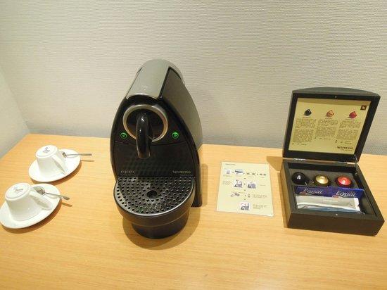 Nespresso Dolce Gusto (Novotel Century Hong Kong)