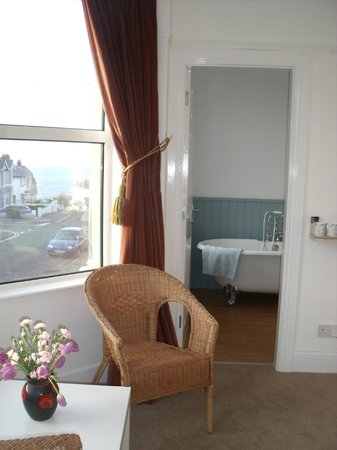 Knock Bed And Breakfast Portstewart: Knock House Portstewart Deluxe Double Room with Cast Iron Bath