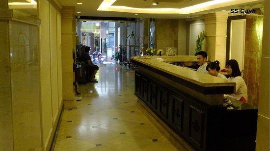 Gondola Hotel : Front lobby