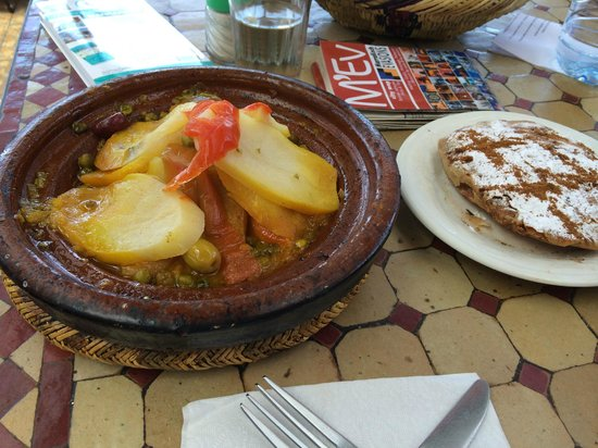 Chez Chegrouni: tajine de légumes