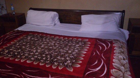 Lutheran Uhuru Hotel Moshi: suite bedroom
