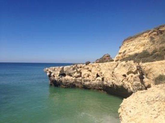 Auramar Beach Resort: cliff walks
