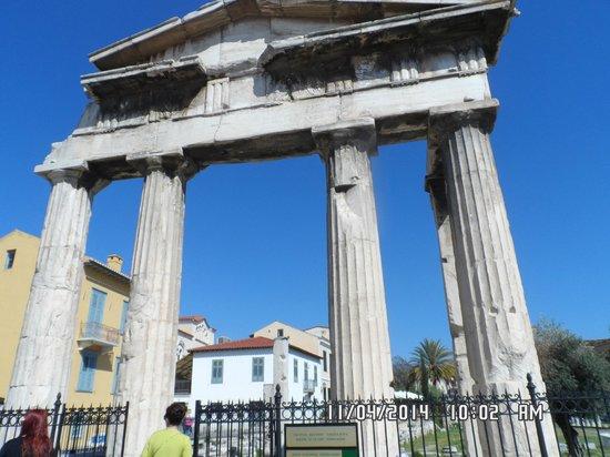 Iniohos Hotel: increible los monumentos de Atenas
