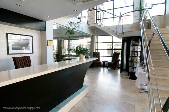 Urban Chic Boutique Hotel: Reception Area