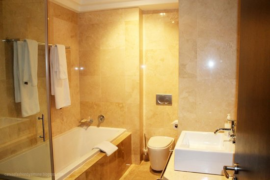 Urban Chic Boutique Hotel: Lovely Bathroom