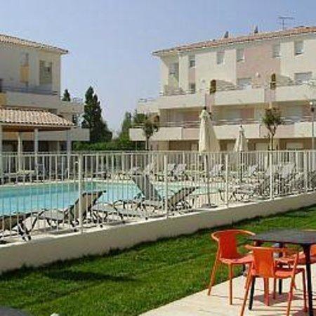 Résidence Cap Med : La piscine