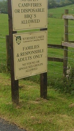 Bay Horse, UK: Entrance sign - Ageist, possible homophobic and doesn't allow groups of friends
