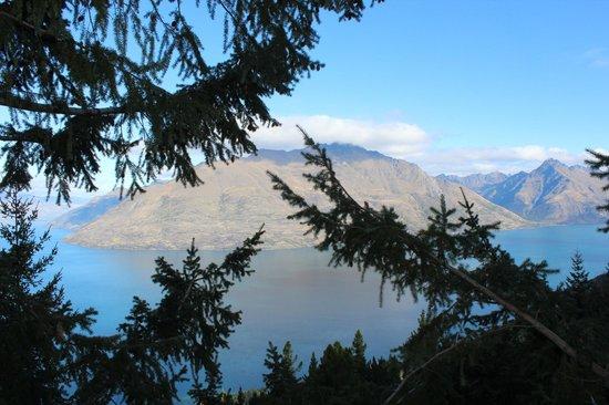 Ziptrek Ecotours: Gorgeous view of Lake Wakatipu