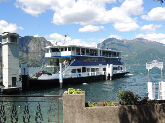 Hotel Riviera: This is the ferry to take