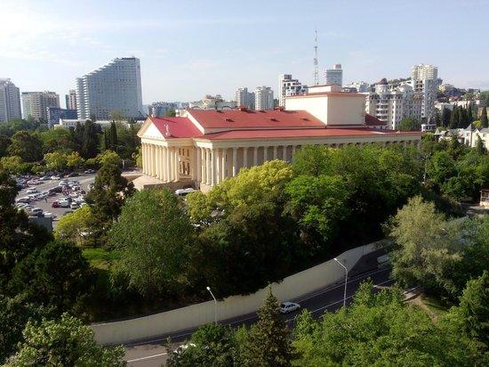 Winter Theatre: Зимний театр с балкона Жемчужины