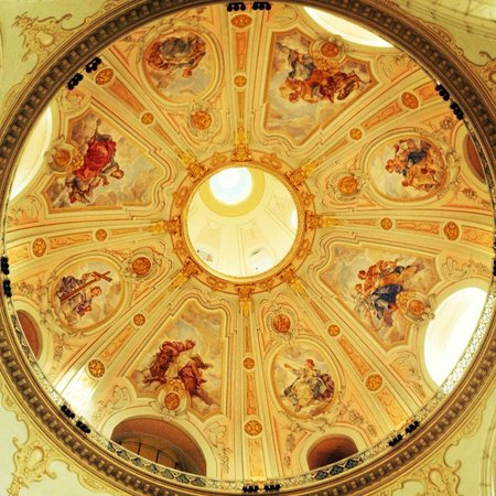 Frauenkirche: Paintings inside the cupola