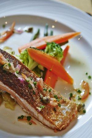 Gaudet Luce Bar & Restaurant