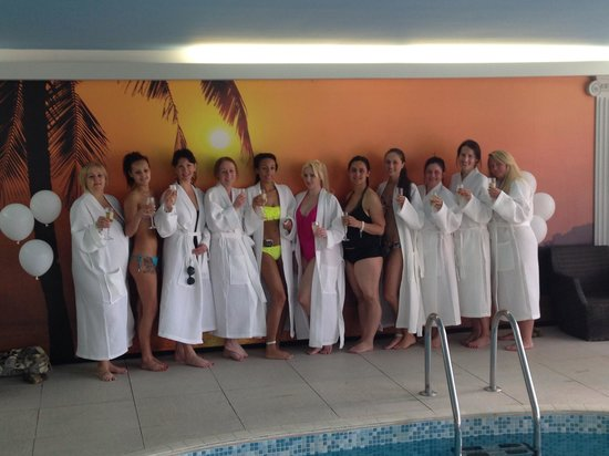 Best Western Diplomat Hotel & Spa: Some of the girls enjoying