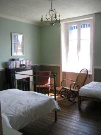 The Blue House : Triple Bedroom