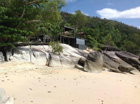 Bedarra Island Resort: The Point Villa