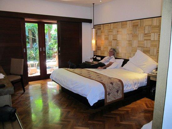 Padma Resort Legian: Deluxe Chalet with a garden view.