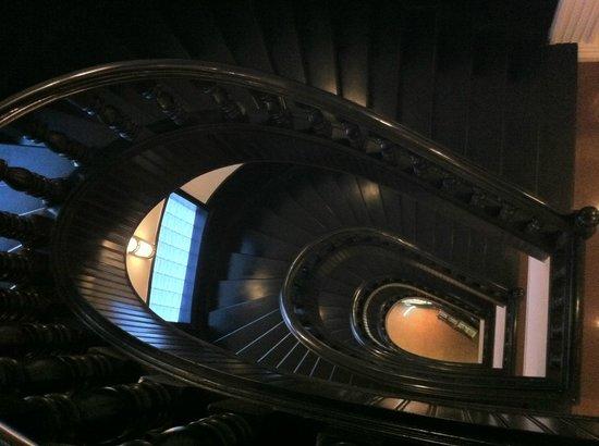 White Mansion: Staircase