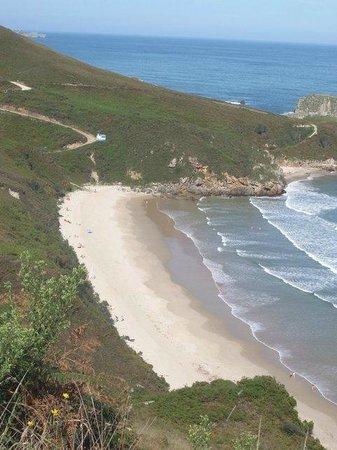 Playa de Torimbia: Torimbia desde la colina