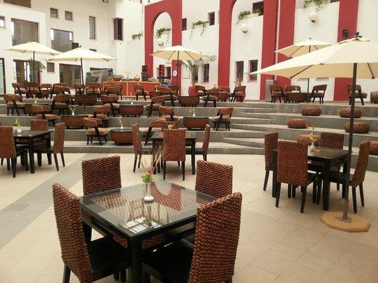 Hotel Drachim: Patio