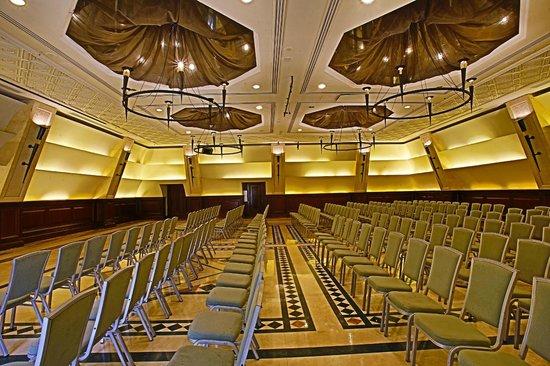 Coral Beach Hotel & Resort : Pyramids - Banquet Hall