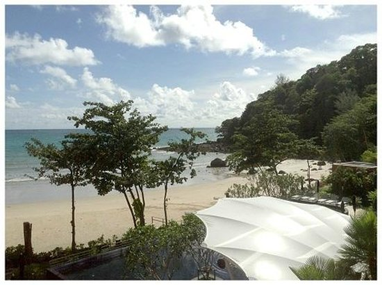 Novotel Phuket Kamala Beach : View on the sunny day!!