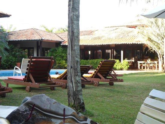 Porto Zarpa Hotel: Área da piscina