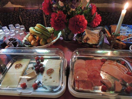 Altfrankische Weinstube : 朝食は質量とも大満足